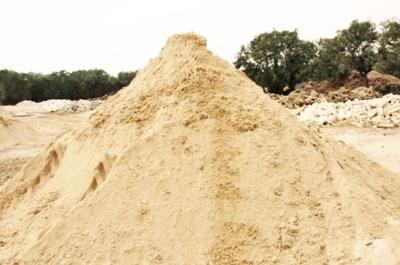 Какой песок лучше: карьерный или речной